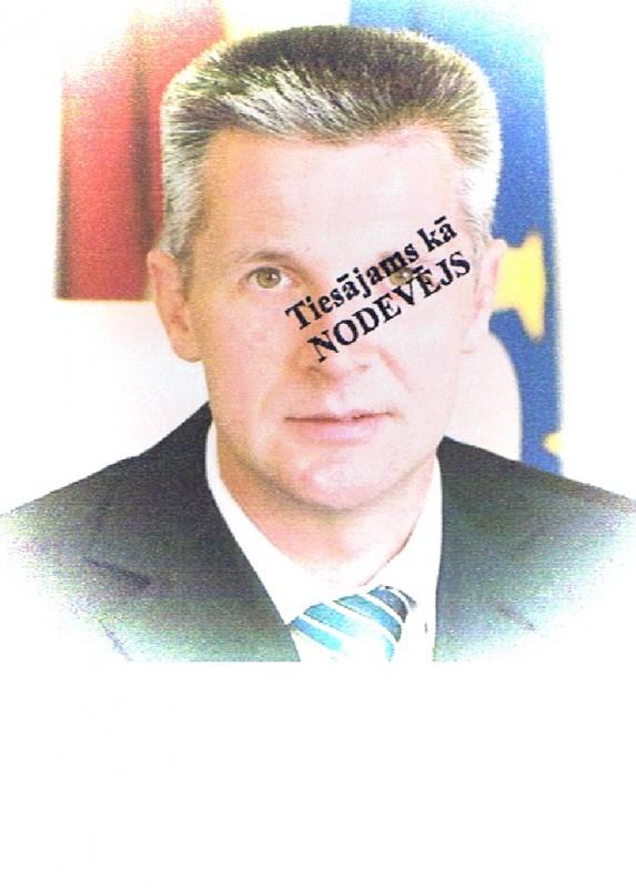 Nolādēts latviešu tautas nodevējs