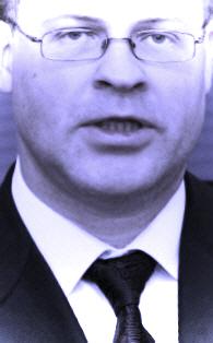 Nodevējs Dombrovskis visā savā godībā