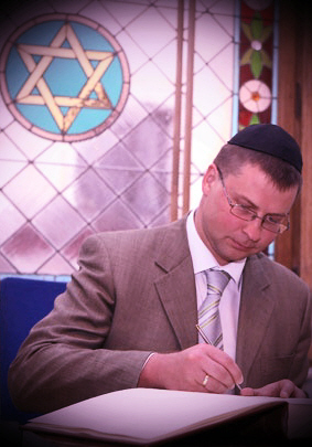 Valdis-Dombrovskis-zem-Antikrista-zvaigznes