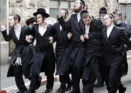 Ēbreji, DP, Izraēla, SAB, Saeima